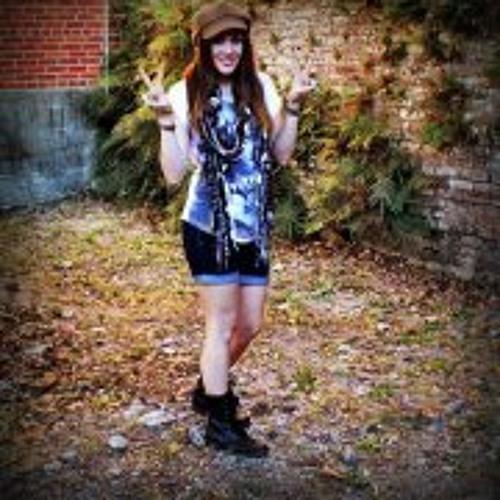 Laura Bell 5's avatar