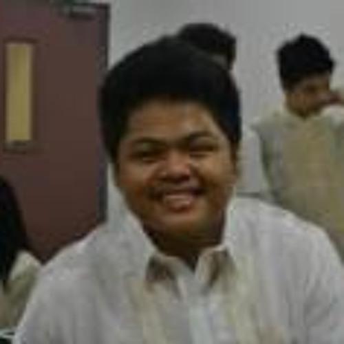 Michael Vennette Malubay's avatar