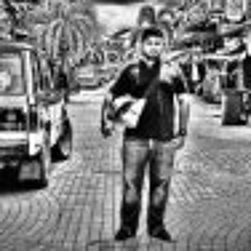 Amir Azizi 1's avatar