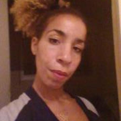 Daisy Lengue's avatar