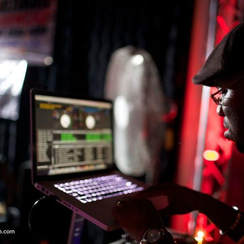 DJ E.L.'s avatar