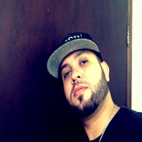 Gabriel Go Alencar's avatar