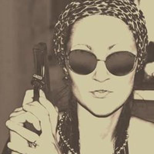 Liza Lisichkina's avatar