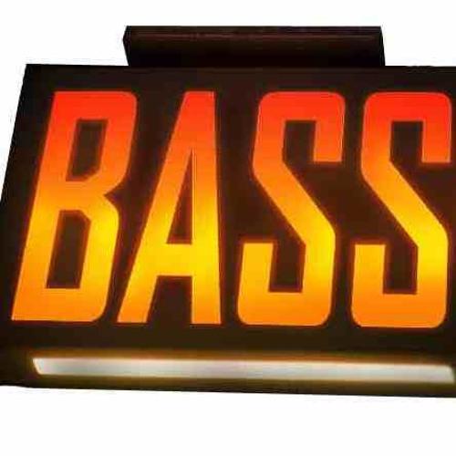 BassmentTraX's avatar