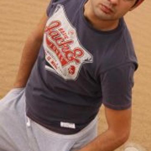 farzan ghasemloo's avatar