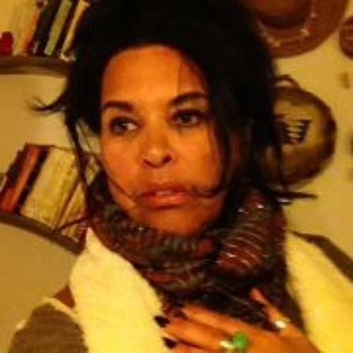 Michele Meiche's avatar