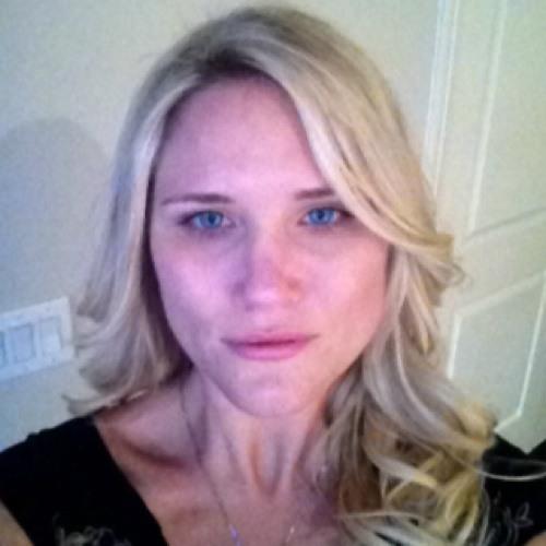 Andreya Zee's avatar