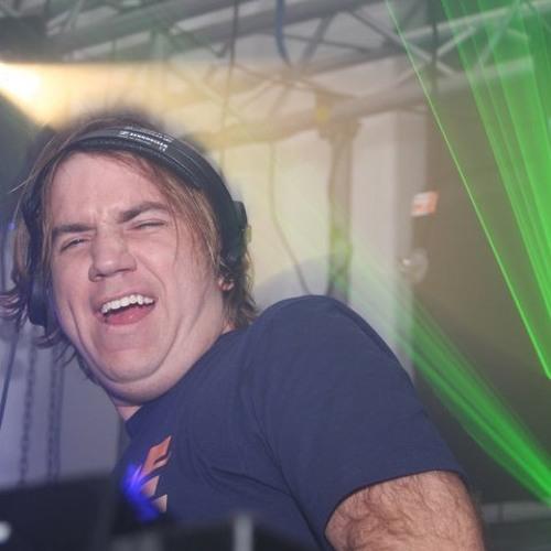 DJ Rousa / Aaron DeBaron's avatar