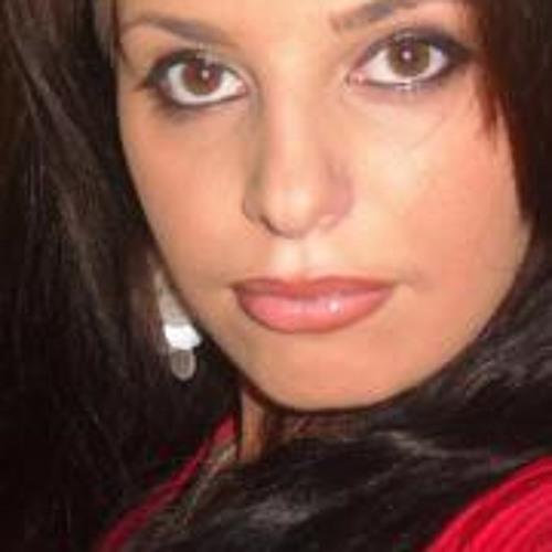 Angela Camara's avatar