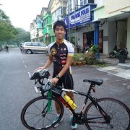Sze Yung Hui's avatar