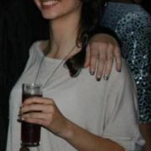 Beatriz Reis 8's avatar