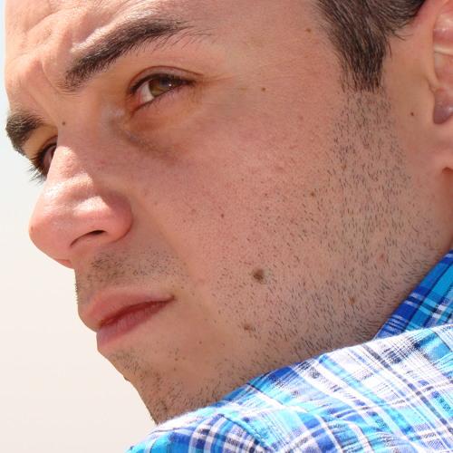 Evan Yokhana's avatar