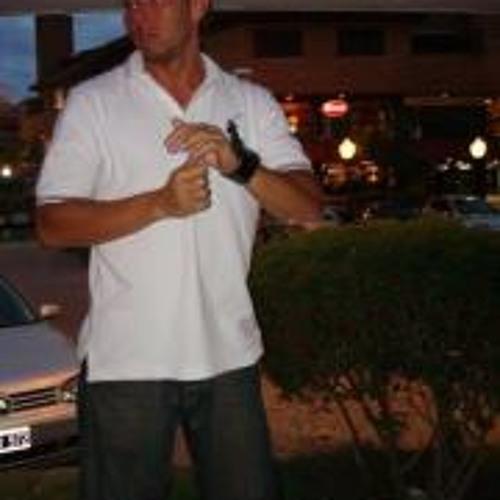 Lio Alvarez's avatar