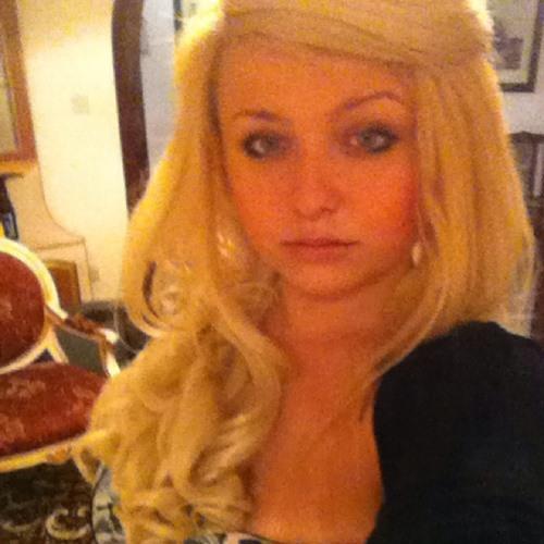 Elodia Parnis's avatar