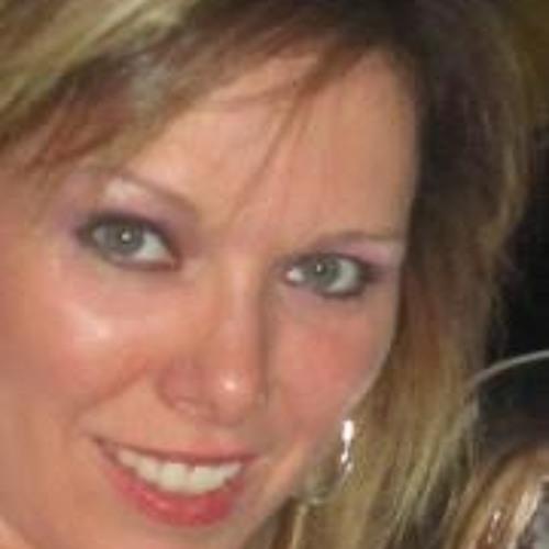 Michelle Hall 12's avatar