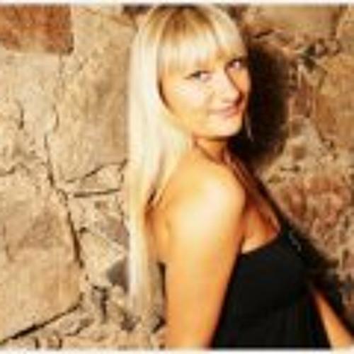Liana Goleva's avatar