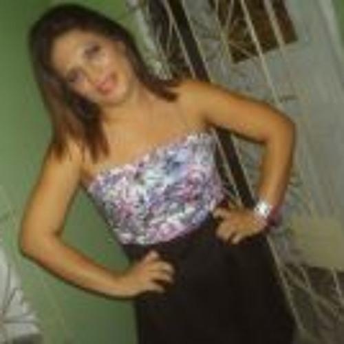 Carlene Pinheiro's avatar