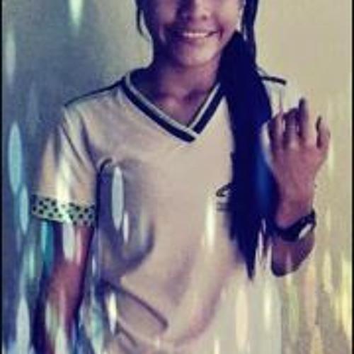 Priscila Guedes's avatar