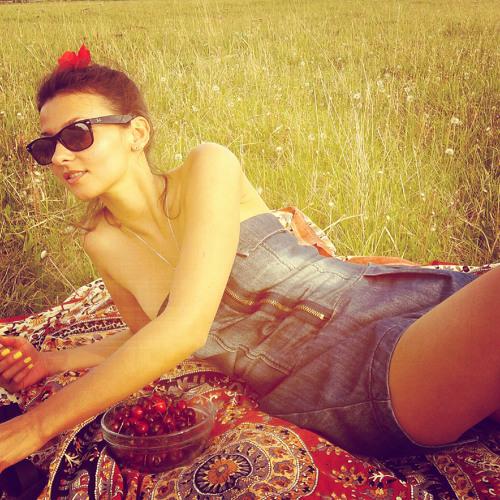 Anastasia Savina's avatar