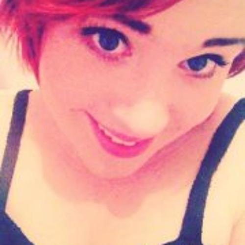 Holly Farrugia's avatar