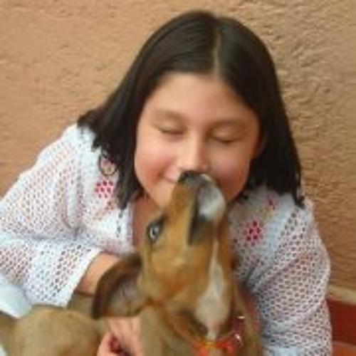 Mariana Lopez 18's avatar