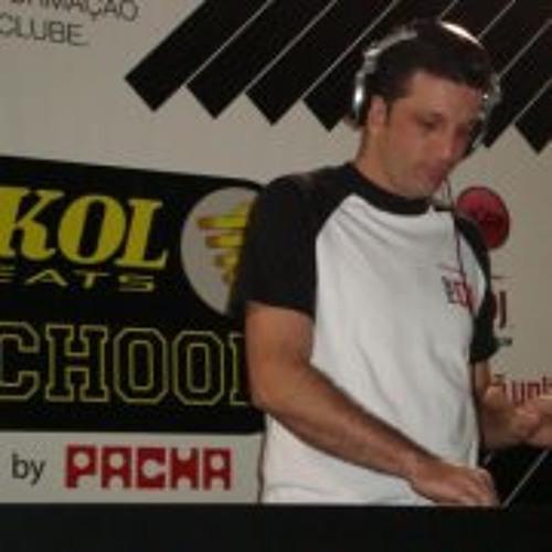 Dj Léo Pires's avatar