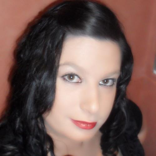 Lola_:)'s avatar