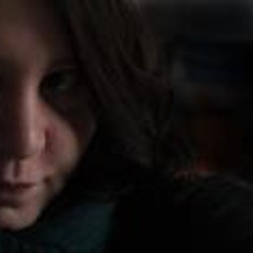Caro Cyris's avatar