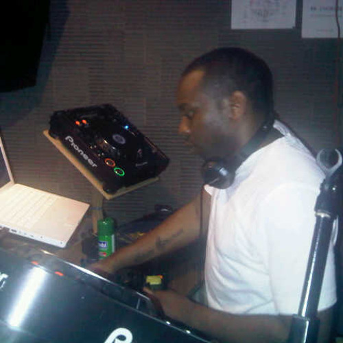 DJ Senater's avatar