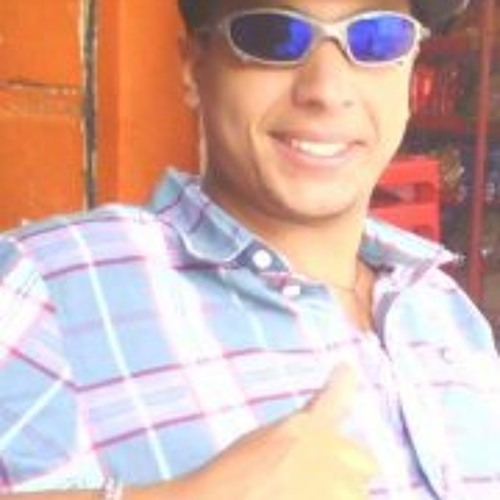 Charles Araújo Roots's avatar