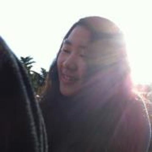 Jennifer Huang 2's avatar