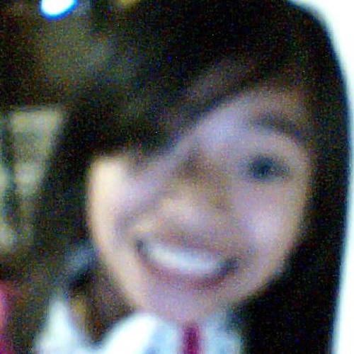 Cloe Cruz's avatar