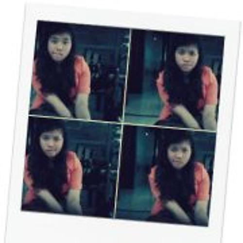 Risti Arista's avatar