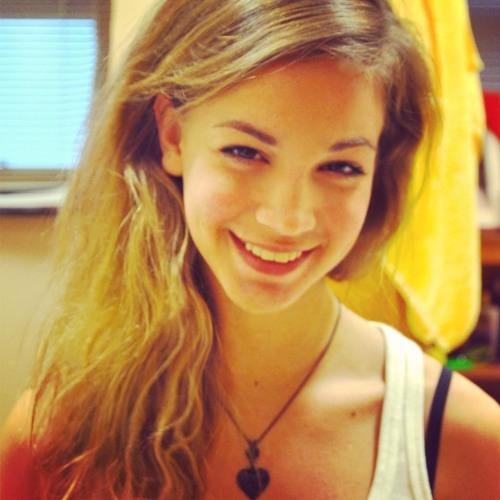 Alyssa Alheid's avatar