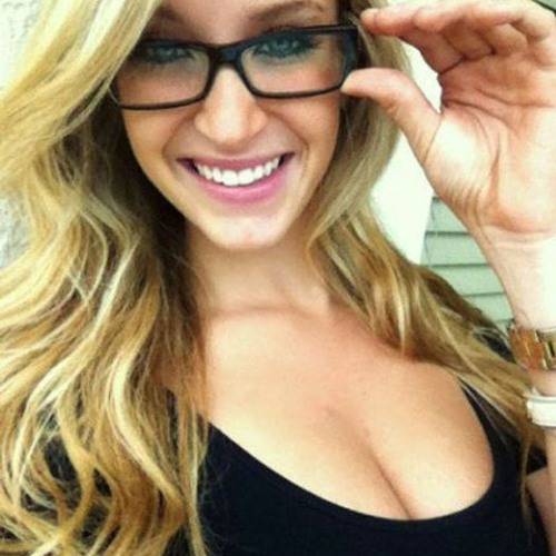 Elena Santiago monte's avatar