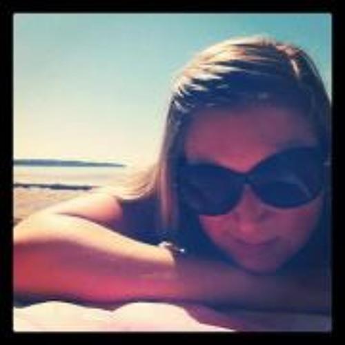 Sarah  1's avatar