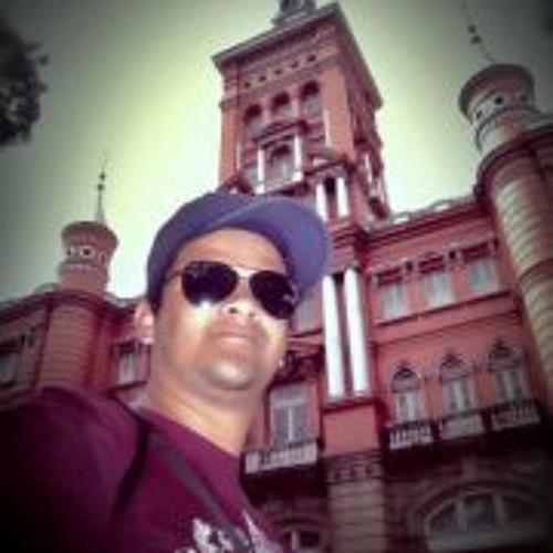 Luis Eduardo Hernandez 6's avatar