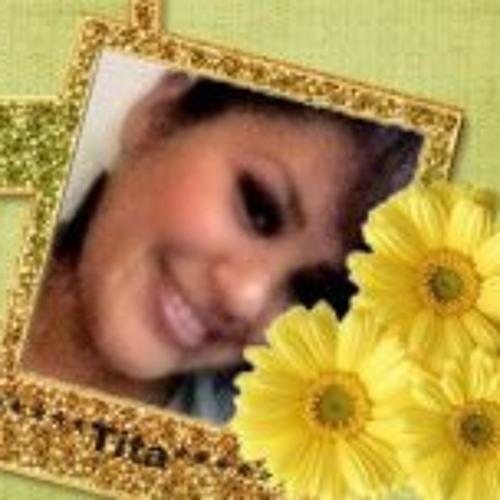 Tita Noemi's avatar