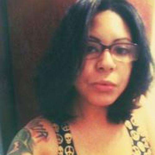Andressa Valeriano's avatar