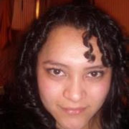Daniela Fabiola Figueroa's avatar