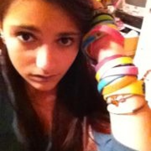 Kat Bautista's avatar