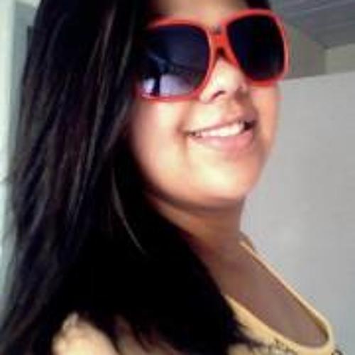 Natasha Borges's avatar