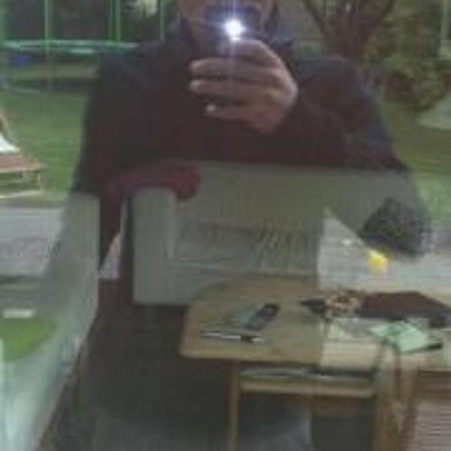 Tobias Moki's avatar