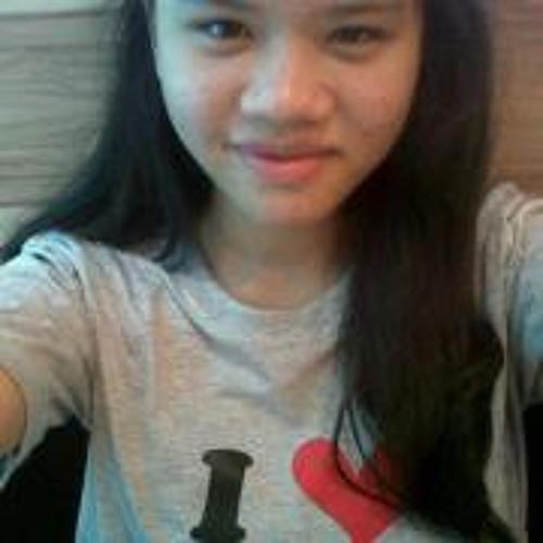 Mira Zulkefli's avatar