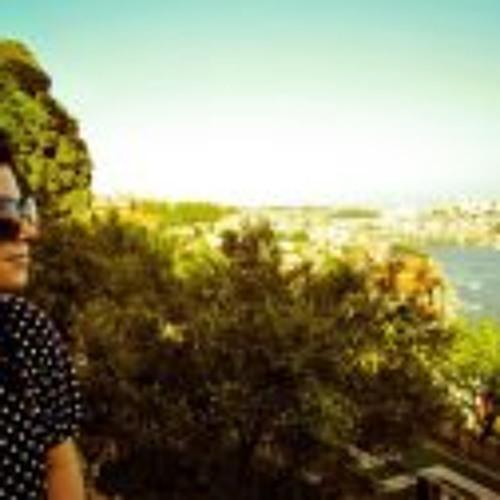 Sara Lages's avatar