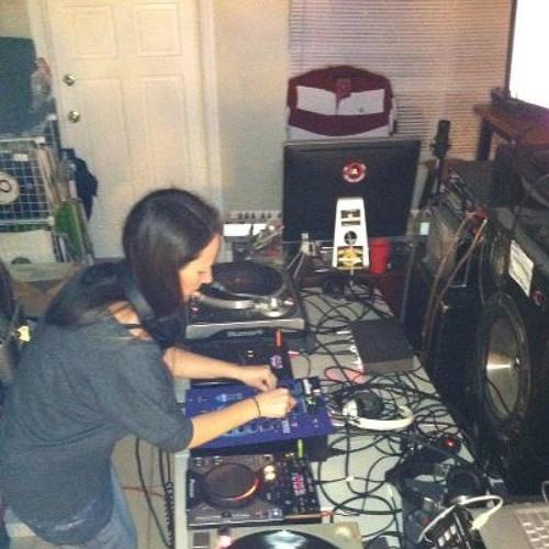 DJ Vixen Stylee's avatar