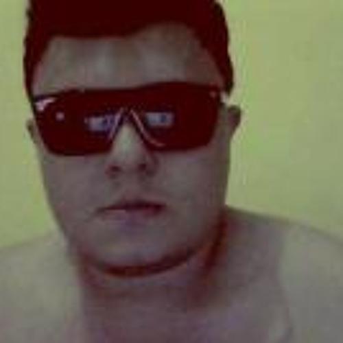 Romulo Medeiros's avatar