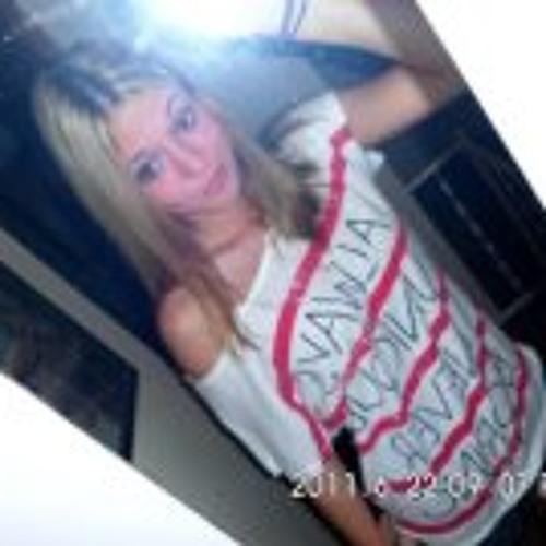 Kristina Danielle's avatar