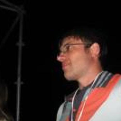 Andrew Dmit's avatar