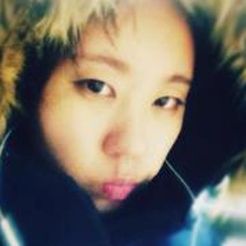 Hye Jin Kang's avatar